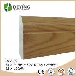 Oak veneered skirting board